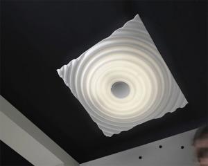 Креативный светильник из оргстекла