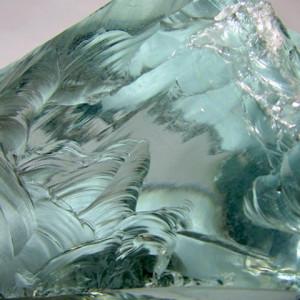 Неорганическое стекло