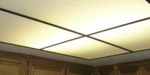 Потолок из оргстекла с подсветкой