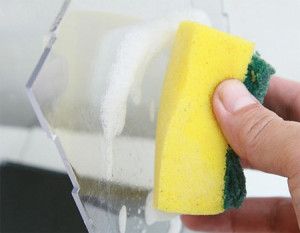 Чем мыть оргстекло