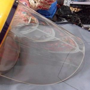 Защитное оргстекло используется в масках для сварки